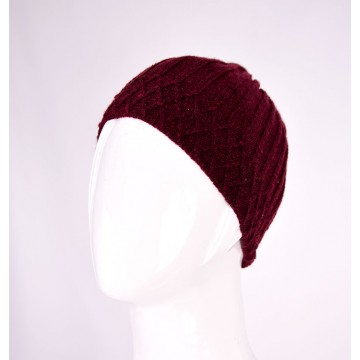 KNITTED HAT 353