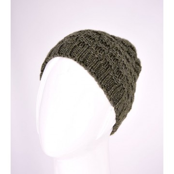 KNITTED HAT 358